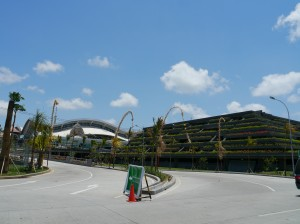 国内線も多数就航するングラ・ライ(デンパサール)国際空港